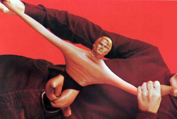 stretch-armstrong-responsive-622x419