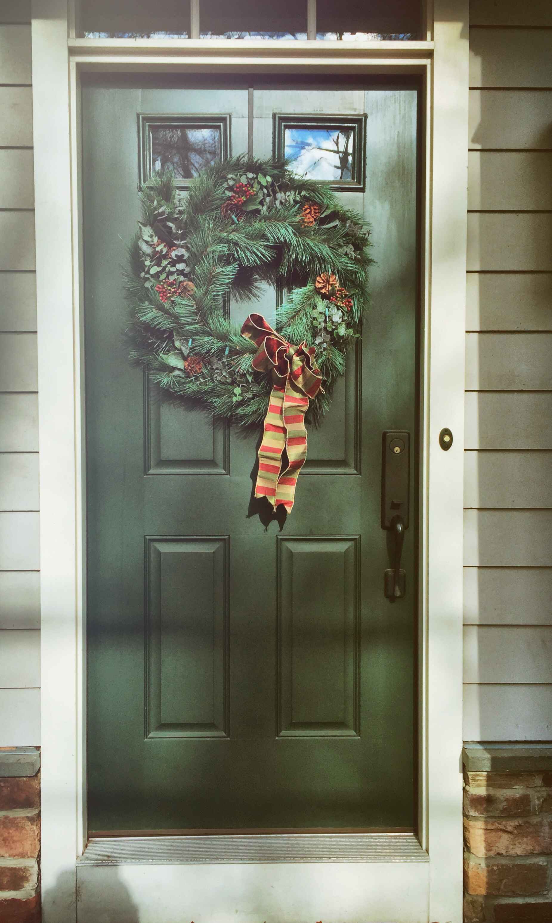 Front door christmas wreaths - Christmas Wreath Front Door Holiday Decoration